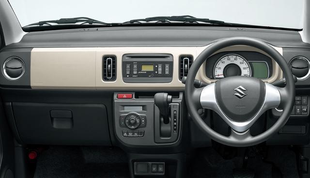 画像: アルトX 4WD車のインパネ。