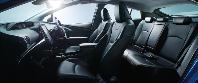 """画像: A""""ツーリングセレクション""""(2WD)のシート。内装色はブラック、オプション装着車。"""