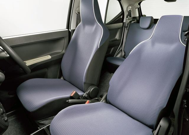 画像: GS(2WD)のシート。