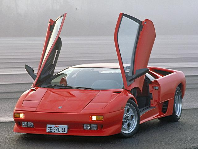 画像: 4WDとなったVTも、エクステリアは基本的に変わりはなかった。