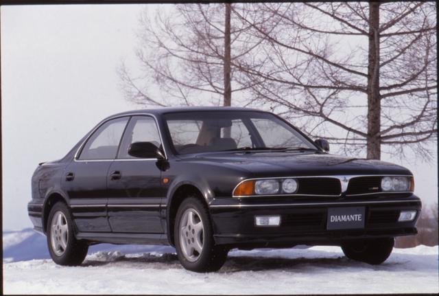 画像: 3ナンバーで見かけの押し出しも効くゴージャスなサルーンだが、車両価格も手頃でヒット作となった。この時代の三菱自動車快進撃の象徴的なモデルと言っていいだろう。