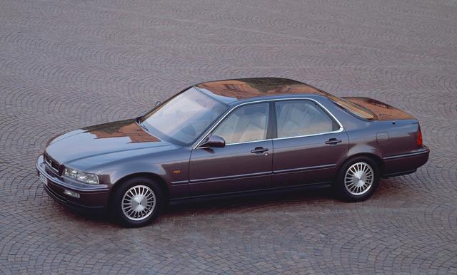 画像: ホンダのフラッグシップカーであるレジェンド。2代目がデビューしたのが平成2年だった。FFレイアウトの大型モデルで初代と同様にセダンとクーペが用意されていた。