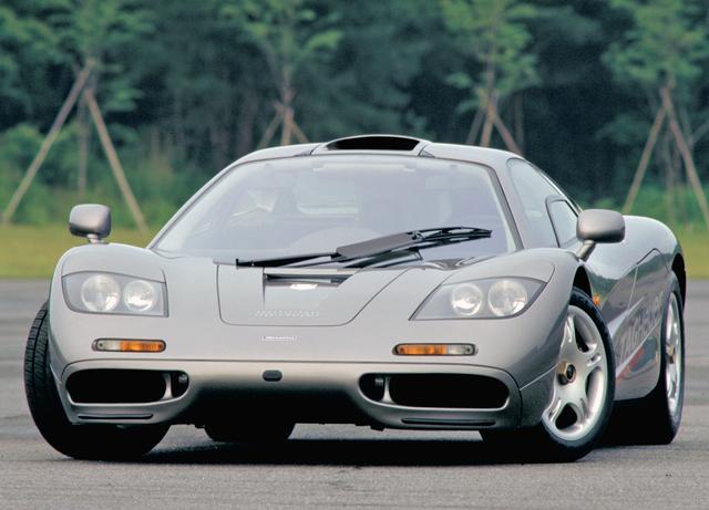 画像: 新車価格は日本でも1億円以上といわれたが、それでも利益が出ないほどコストが注ぎ込まれたスーパーカーだった。