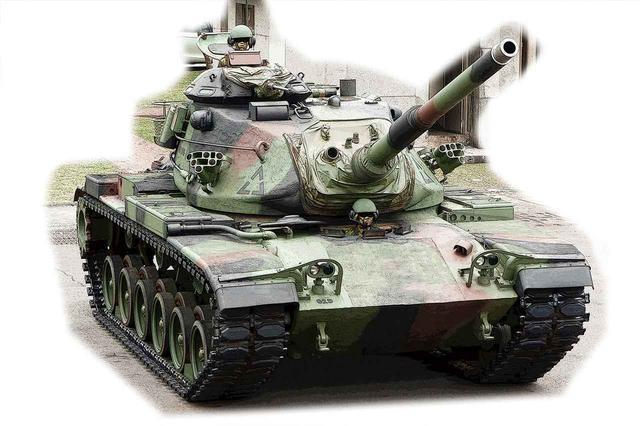 画像: M1の先代、M60パットン。元々は第二次世界大戦のM26パーシングを改装したM46に始まり、47、48とバージョンアップを繰り返し、謎の脅威とされた旧ソ連のTシリーズに対抗した。M60前期までエンジンはガソリン。