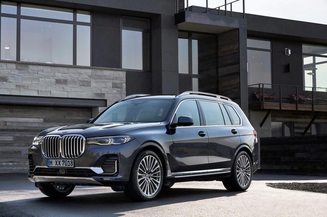 画像: BMWのSUVラインナップの頂点に立つモデルとして誕生したX7。Xシリーズのブランニューモデルとして、3列シートを備える。パワートレーンには、V8ガソリン、直列6気筒のガソリンとディーゼルが設定される。