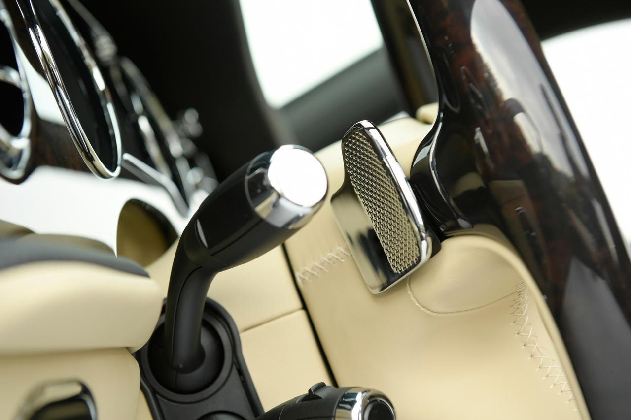 Images : 15番目の画像 - 「ベントレー ミュルザンヌの真実は一般的な高級車の価値観では語れない【スーパーカーファイル】」のアルバム - Webモーターマガジン