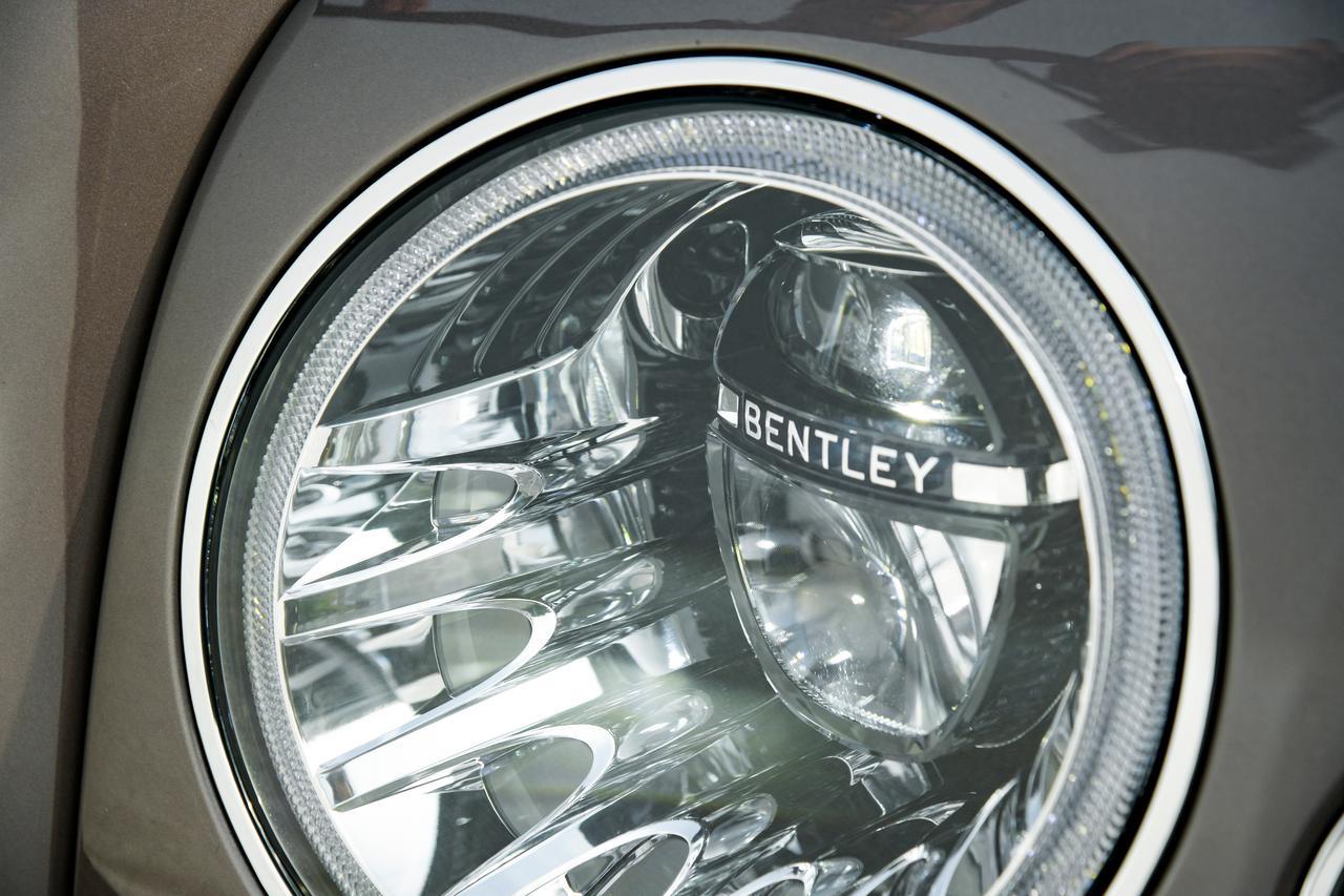 Images : 21番目の画像 - 「ベントレー ミュルザンヌの真実は一般的な高級車の価値観では語れない【スーパーカーファイル】」のアルバム - LAWRENCE - Motorcycle x Cars + α = Your Life.