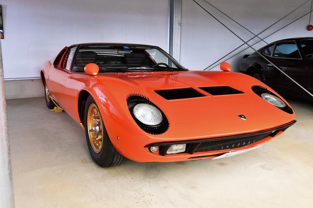 画像: ランボルギーニ ミウラ P400 (1968年)