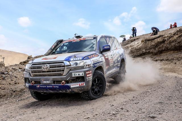 画像: 四輪市販車部門ではトヨタ車体のチーム・ランドクルーザー・トヨタオートボデーが市販車部門6連覇。