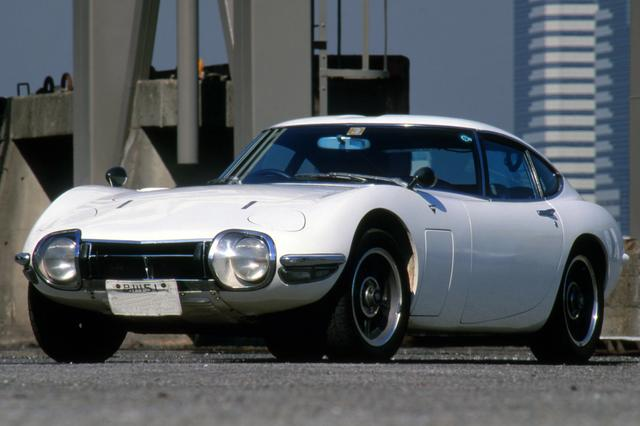 画像: 前期型と後期型では、フロントのドライビングランプなどの形状が異なる。撮影車は前期型。