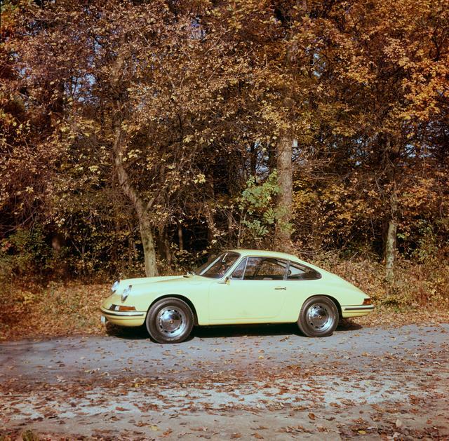 画像: 初代 タイプ901(1963年~、110~190ps、210km/h、9.0sec.)