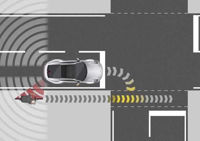画像: 後方から近づいてくる歩行者や自転車、車両などをセンサーで検知し警告するブラインドスポットも装備する。