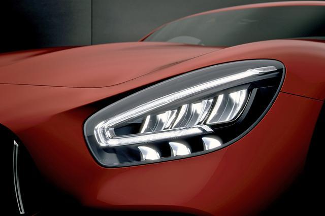 画像: 新デザインのLEDハイパフォーマンスヘッドライト