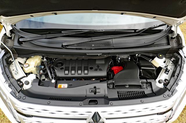 画像: 新型デリカD:5のエンジンは、2.2Lのディーゼルターボのみ。