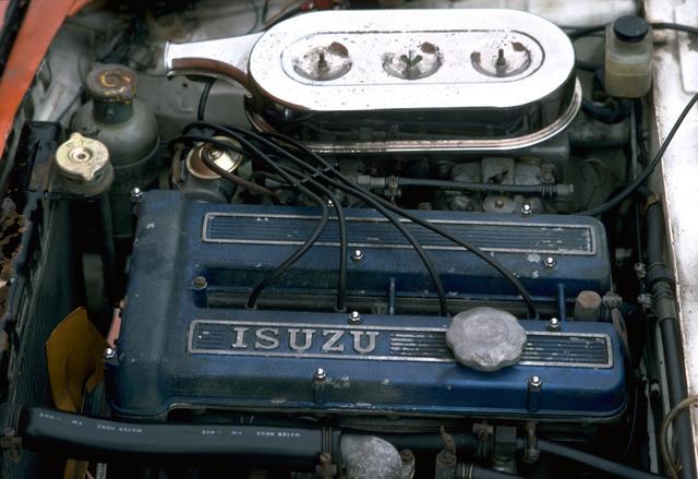 画像: 10.3の高圧縮比とソレックスキャブレター2連装で120psを発生。高回転の吹けのシャープさは別格だった。