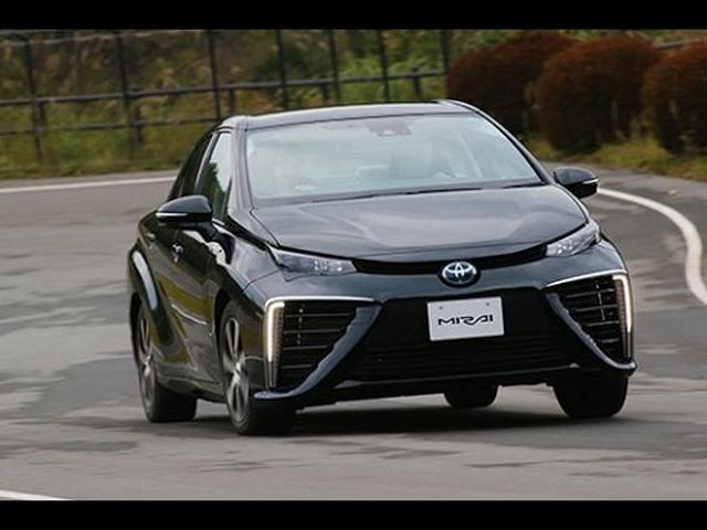 画像: トヨタ MIRAI(ミライ) 世界初の量産燃料電池車に乗ってみました!! TestDrive www.youtube.com