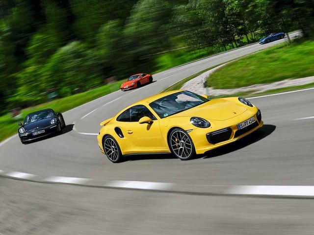 画像: 6月、10月に開催されるドイツツアーでは、自ら新型911をドライブしてドイツの観光地を巡ることができる。