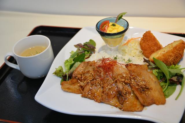 画像: 道央自動車道・輪厚PA(上り)「大雪さんろく笹豚焼き肉プレート」(1200円)