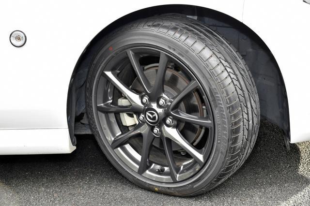 画像: 試乗車のRSは205/45R17だが、SとVSは205/50R16が標準装備となる。タイヤのサイズアップにより軽快感こそ薄れたが限界は上がった。