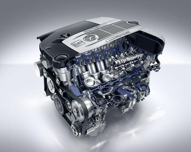 画像: 1000Nmの最大トルクと630psという驚異的な最高出力を発生するAMG製V12気筒エンジン。なめらかなパワーフィールも魅力。