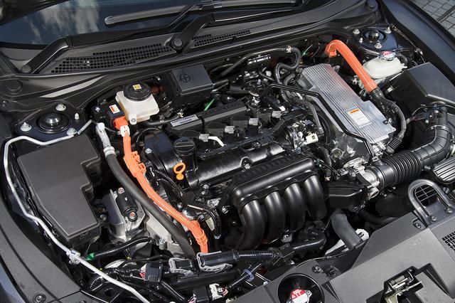 画像: パワートレーンは2モーター式ハイブリッドシステムを搭載、1.5L直4DOHCエンジンと組み合わせている。
