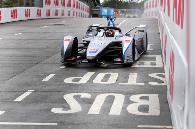 画像: 最終ラップのアクシデントとレース後の逆転ドラマ