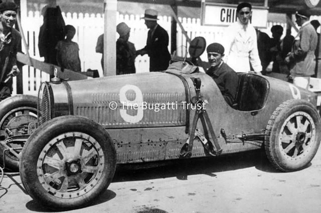 画像: 1920年代の自動車レースで活躍したブガッティ タイプ35。
