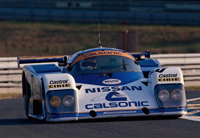 画像: エンジンを大改良したニッサンR88Cで臨むも、星野/和田/亜久里の23号車は286周でリタイアとなる(1988年6月11日-12日ル・マン24時間レース)。