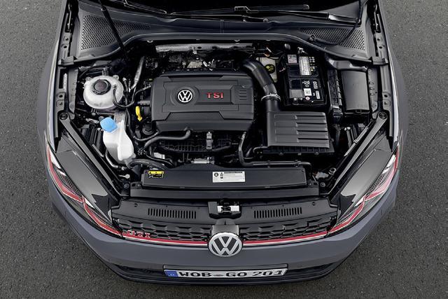 画像: 2L直4ターボエンジンの最高出力は290psに向上。最大トルクは380Nm。パワーバンドは異例なほど広範囲で実に扱いやすい。