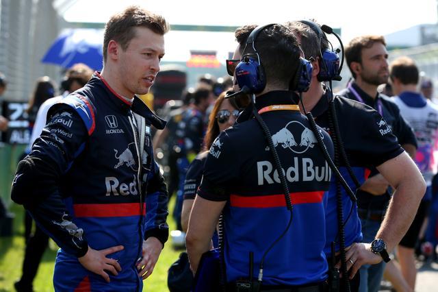 画像: F1に復帰したばかりで、いきなり10位に入賞したダニール・クビアト。かつてばレッドブルのマシンをドライブ、その実力は高く評価されている。