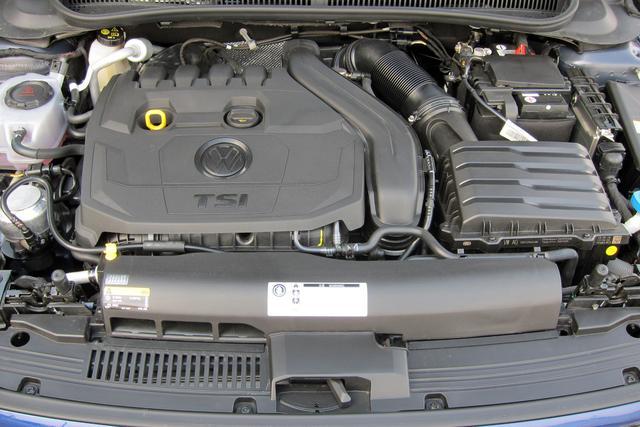 画像: 本国ではゴルフにも採用されているが日本ではポロRーラインで初採用された1.5L直4ターボエンジン。
