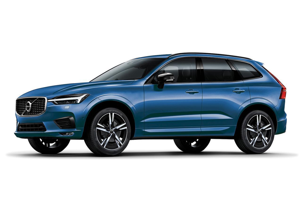 画像: XC60 D4 AWD R-デザインの、ボディカラーはバースティングブルー。