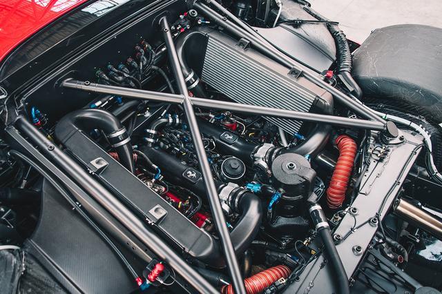 画像: 詳細な発表はないが、エンジンは3.9L V型8気筒ツインターボと推測される。