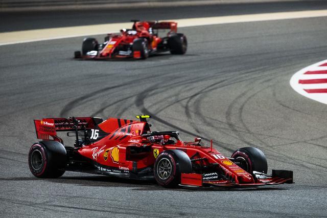 画像: セバスチャン・ヴェッテルをも上回る速さを見せたシャルル・ルクレール。次戦中国GPでどんな走りを見せてくれるか、注目が集まる。