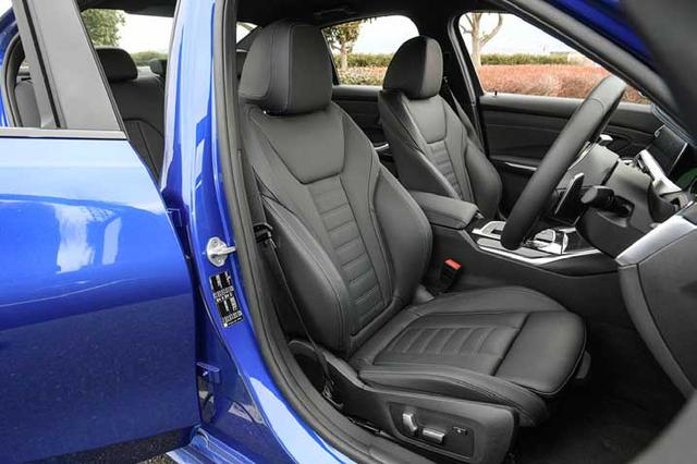 画像: Mスポーツらしいホールド性に優れるレザーのスポーツシート。フロントシートヒーターも標準で装備される。