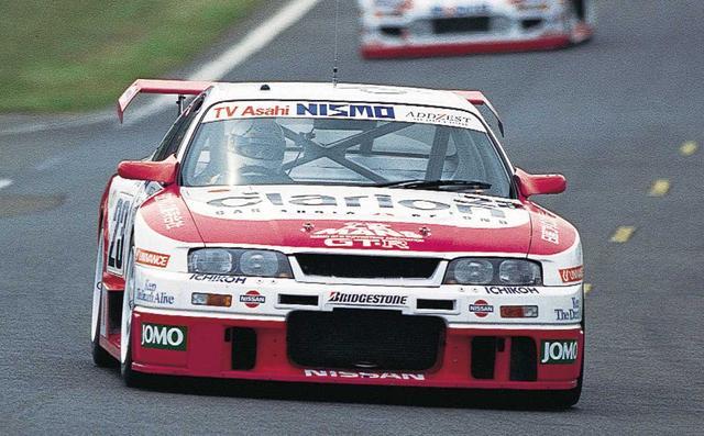 画像: Cカーが消えて、GT カーによるル・マンへの回帰の中、R33GT-R をベースとしたGT-R LMで鈴木利男、影山正彦らと挑むも、決勝はミッショントラブルでリタイア(1995年6月17日-18日、ル・マン24H)。