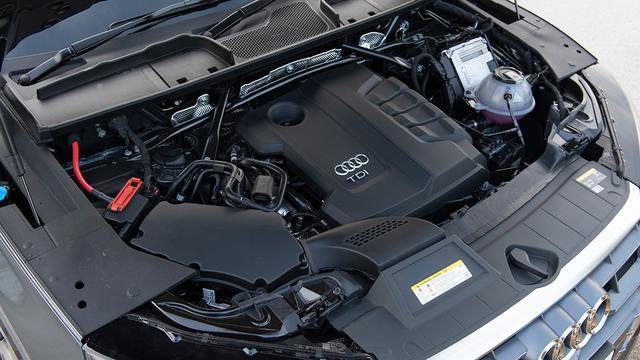 画像: 全燃焼を促進する電子制御コモンレール式ディーゼルターボエンジンにより、高い環境性と経済性、そしてトルクフルな走りを実現した新世代ディーゼルエンジン。
