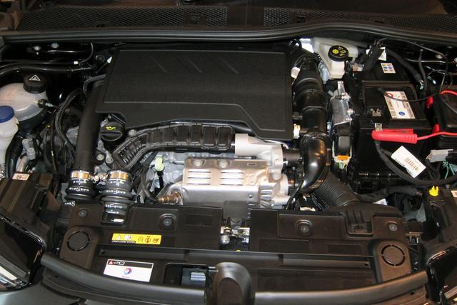 画像: プジョー208などでも定評のある1.2Lの3気筒ターボエンジン。