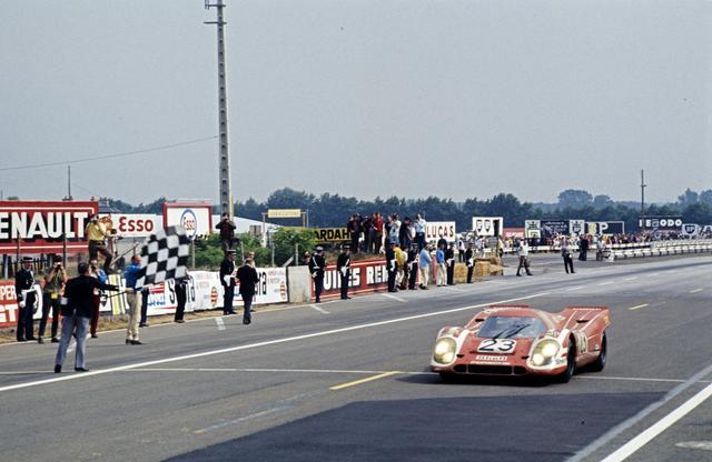 画像: ル・マンを初めて制覇したのはワークスチームではなくザルツブルグチームの「917K」だった。