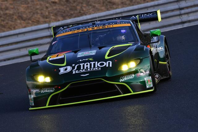 画像: D'station Racing AMRのアストンマーティン・ヴァンテージGT3。