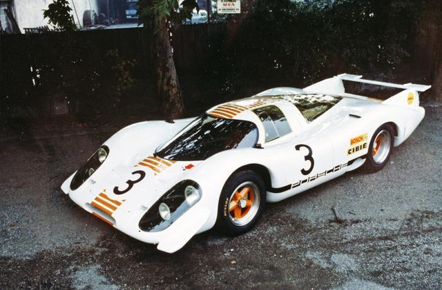 画像: 1969年のフランクフルト国際モーターショーに展示されたモデル。ボディは白とオレンジに塗り替えられた。
