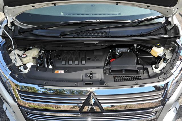 画像: 従来型の4N14型ディーゼルエンジンを改良し最高出力を少し抑え最大トルクを20Nmアップさせた。