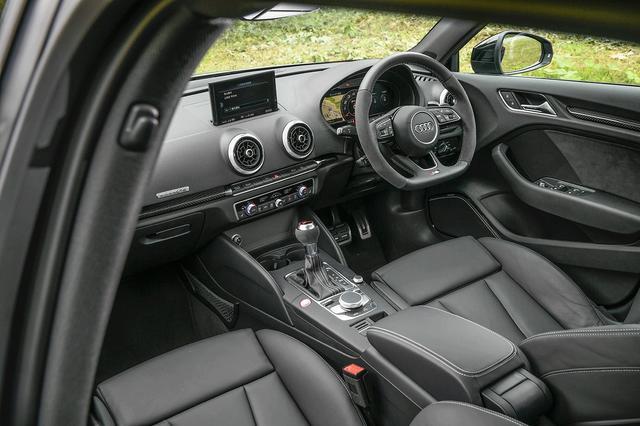 画像: アウディバーチャルコックピット、7速Sトロニックを採用。オプションのマグネティクライドは、ドライビングダイナミクスと快適性を最適化する。