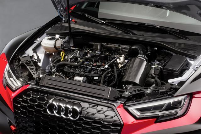 画像: エンジンは2L 直4ターボ、駆動方式はFF。