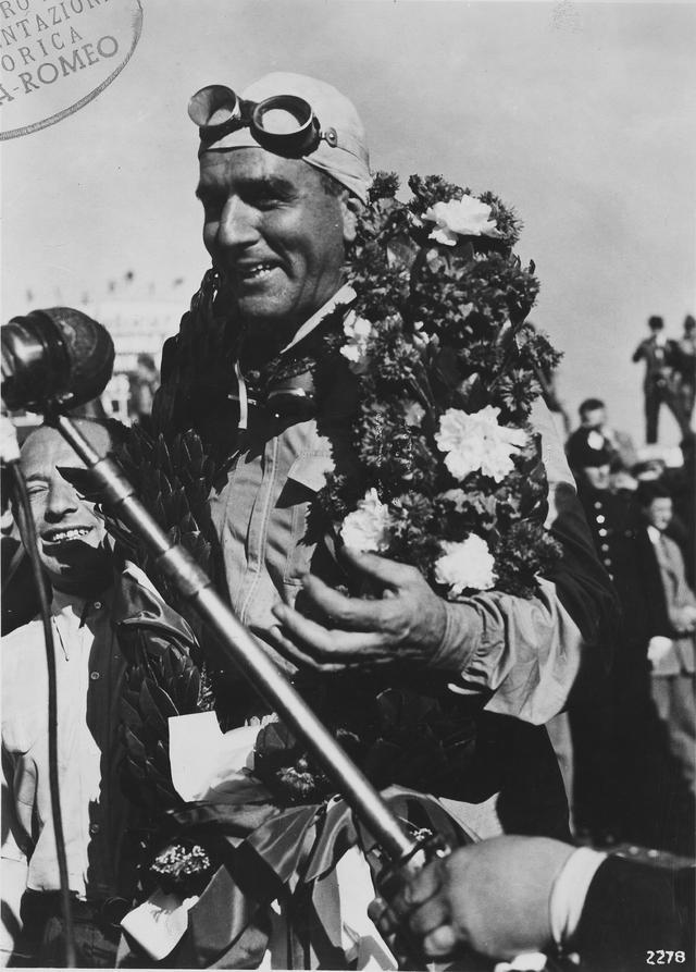 画像: F1最初の優勝者となったジュゼッペ・ファリーナ。