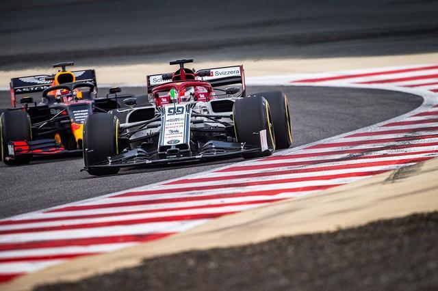 画像: 1000レース目となる2019年の中国GPには、第1回と同様、アルファロメオも参戦する。