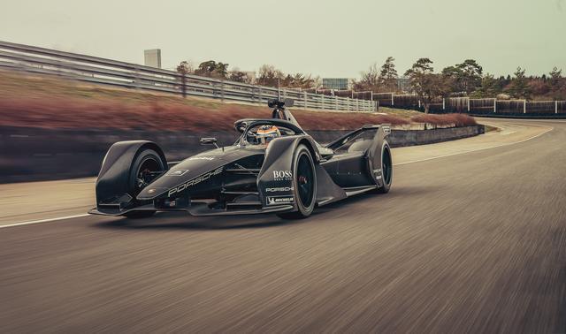 画像: ポルシェの電動自動車専用となる150kW超の急速充電器を開発