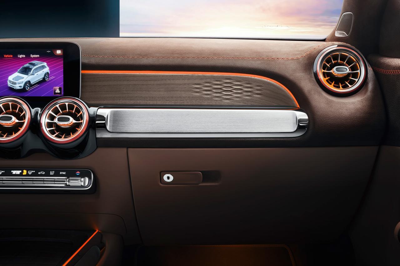 Images : 5番目の画像 - 「まるでクロカン?  3列シートSUVの「コンセプトGLB」をメルセデス・ベンツが上海モーターショーで発表」のアルバム - Webモーターマガジン