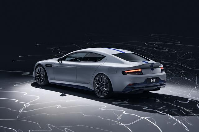 画像: ラピードのエレガントなフォルムを基に、電気自動車の利点をいかしてデザインされている。