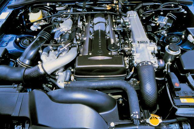 画像: 2JZ-GTE型エンジンは、3Lの直6DOHCにツーウエイ・ツインターボの組み合わせ。自主規制枠いっぱいの280psを発生した。